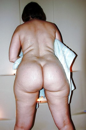 show me your fat ass
