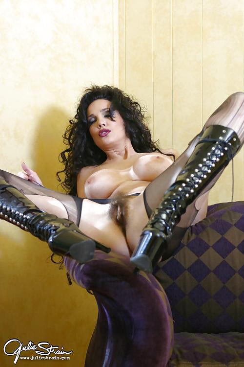 Julie strain nude videos reid hot