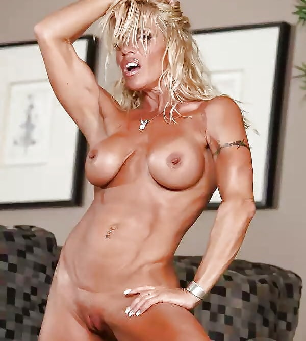 Hot mature musclemen 8