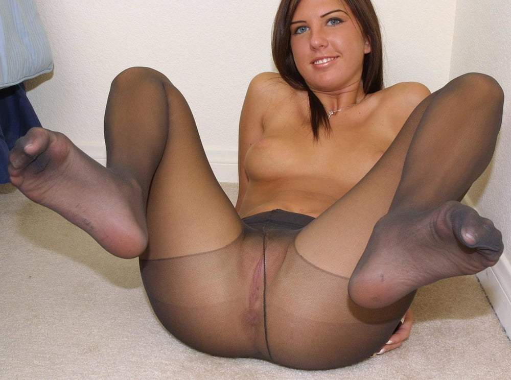 collag-tights-sex-gallery-latino-woman