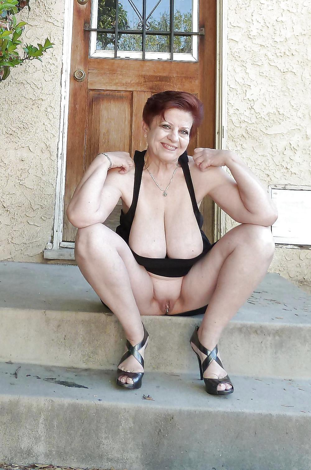 Granny desnudas