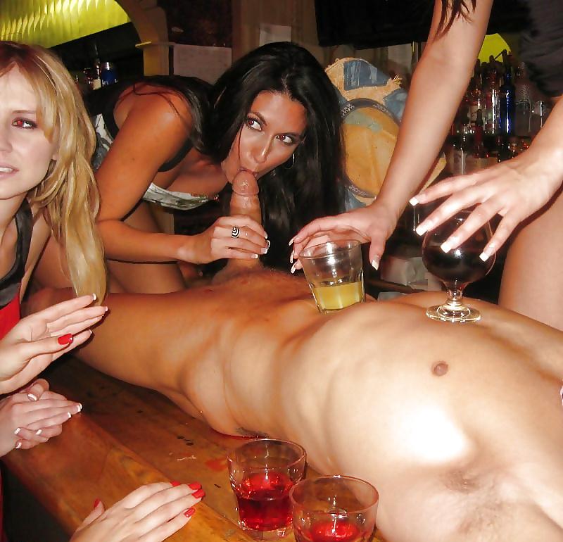 Подруги устроили порно девишник онлайн #2