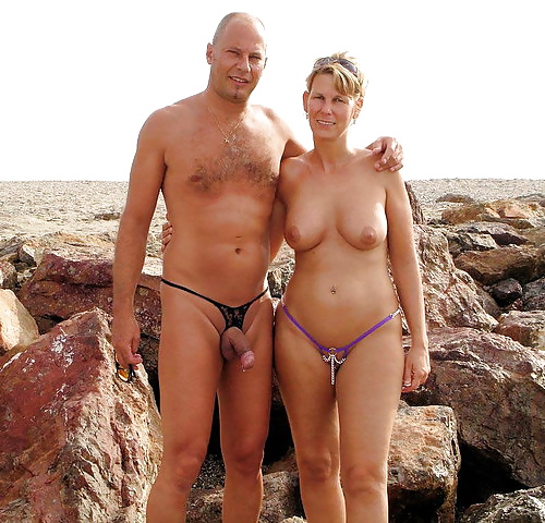 Naked mature couples-9318