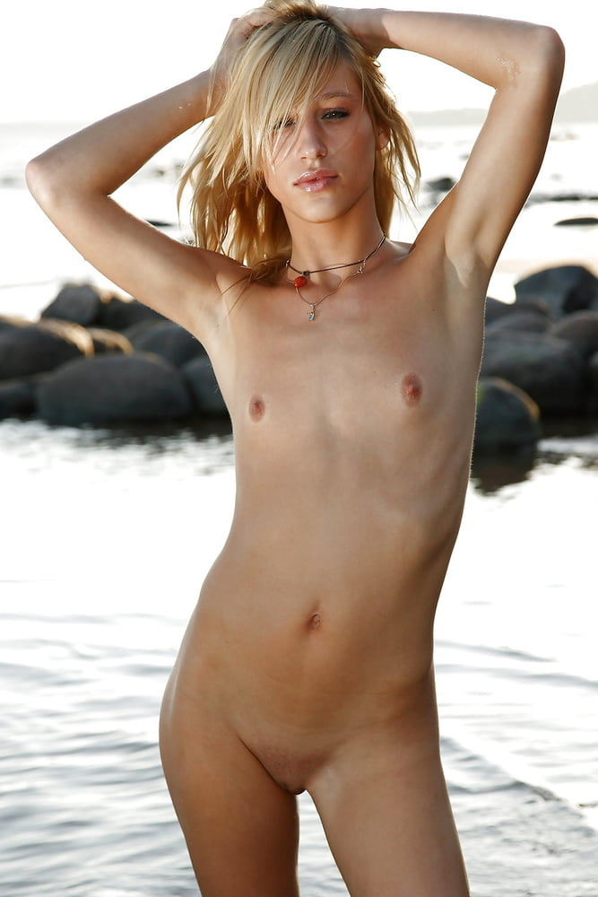skinny-naked-girls-on-beach-boot-cum-dress-lick