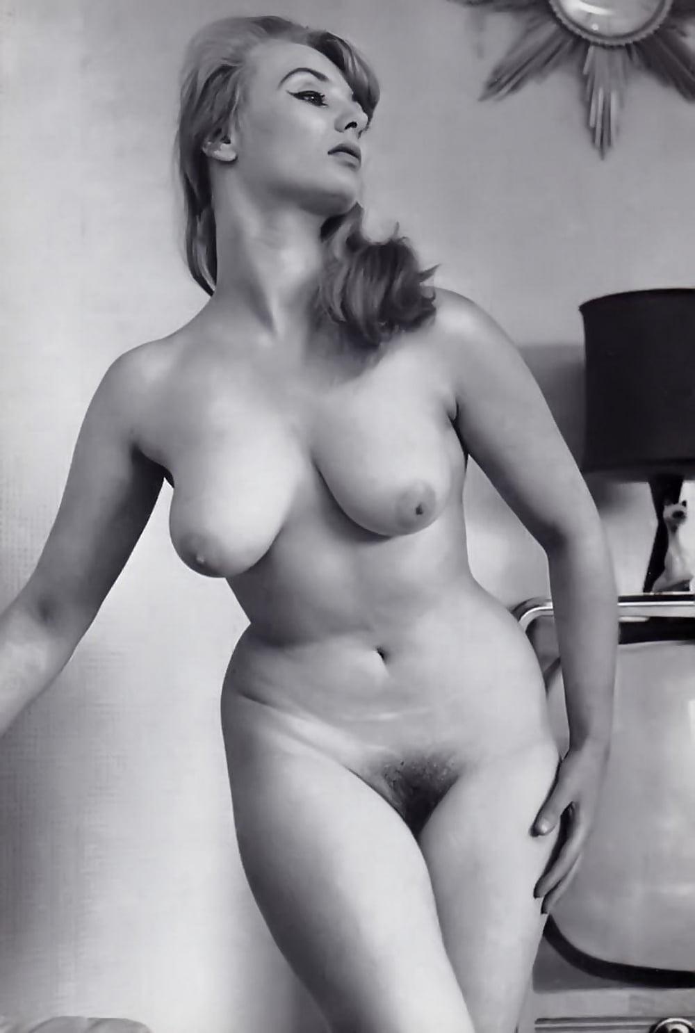 Секс пампинг пышные немецкие девушки эро фото фото секс