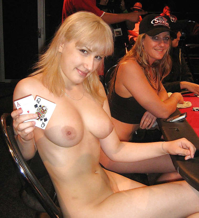 live-nude-strip-poker