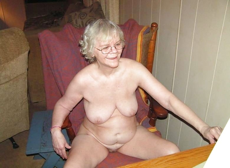 Nude granny muscle on thighs