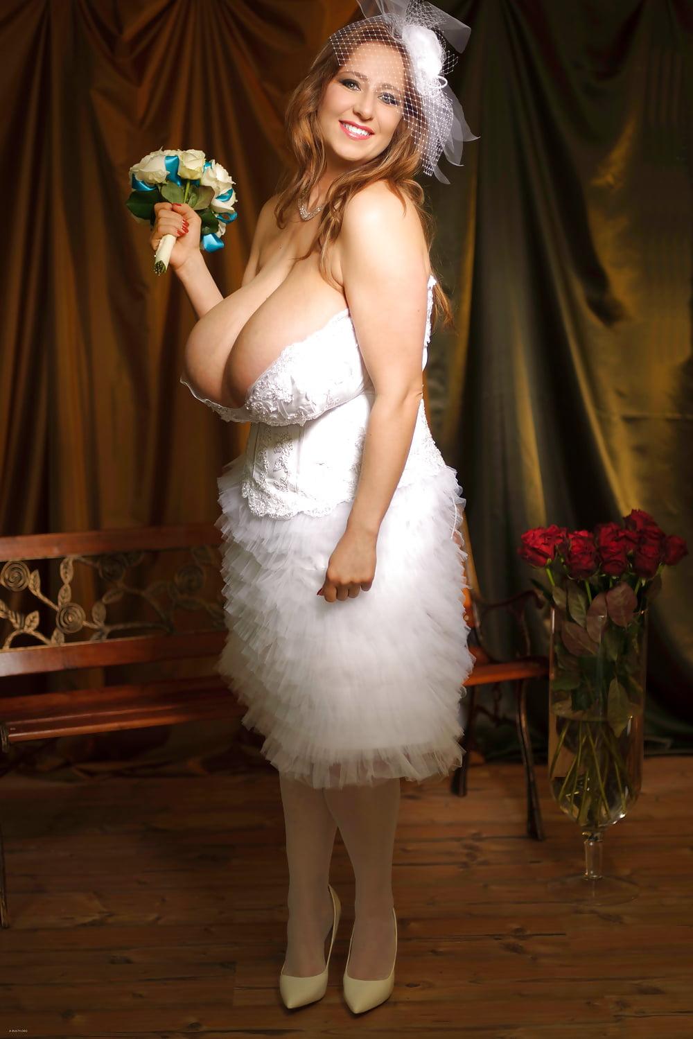 большие сиськи у невесты что, напиваюсь
