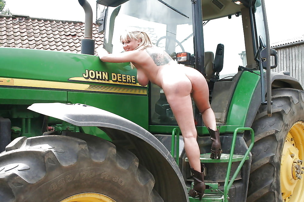 Horny wet girl masrerbates on tractor, live japanese girls