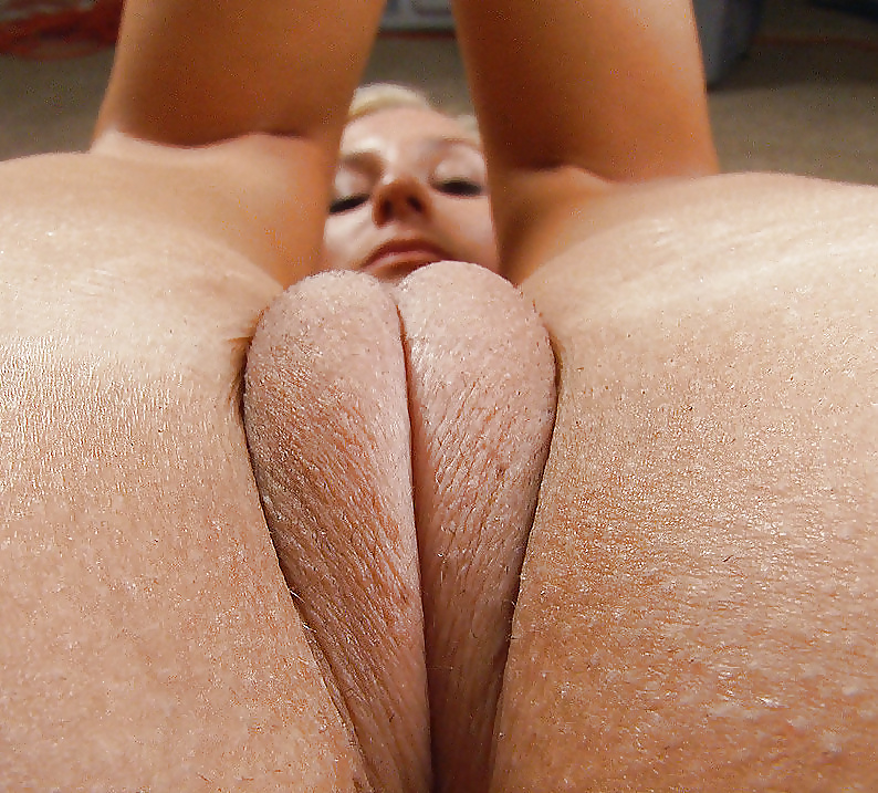 puffy-pussy-literotica-naked-girls-using-dildo-machines
