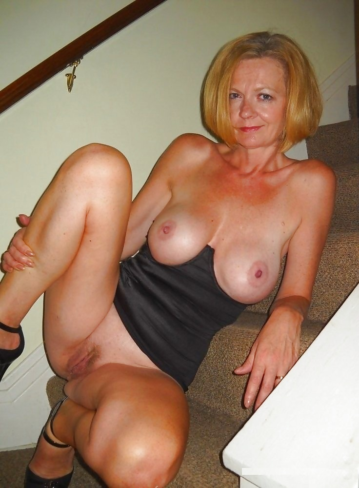 old-milf-home-group