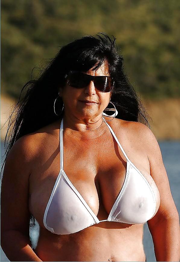 Celeb Nude American Vouyer Gif