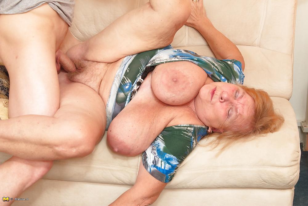 Big Titts Porn Pics