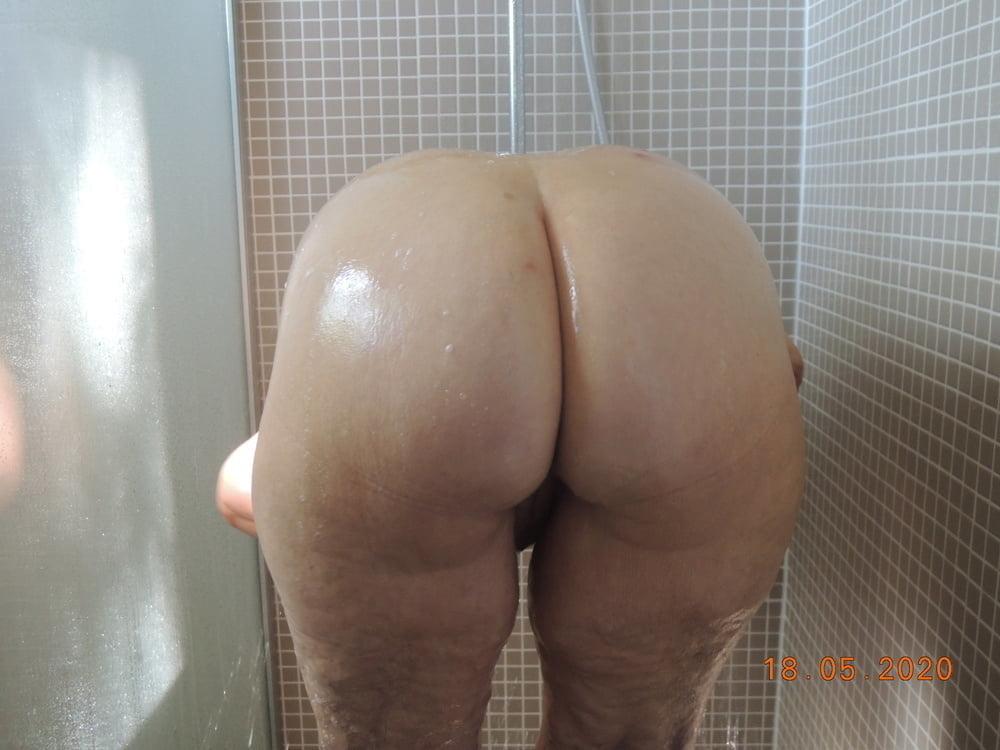 Shower Grandma - 12 Pics