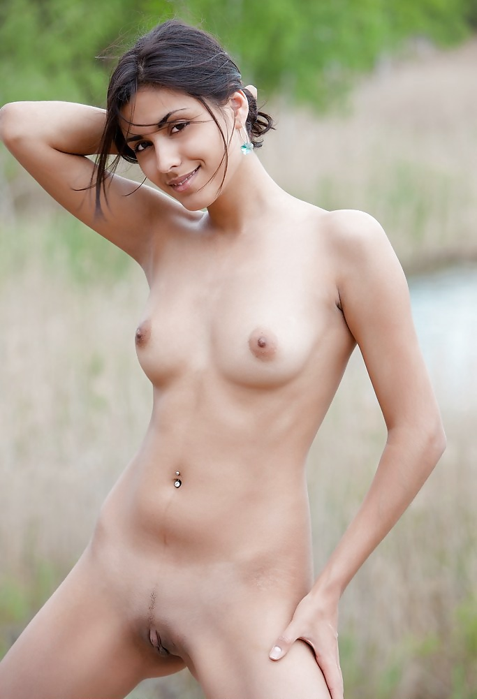top-indian-models-nude-nude-spread-eagle-woman-sexy