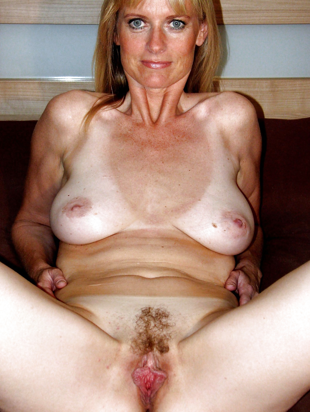 nude-sex-hot-milf-big-saggy-tits-goth-girls-fucking