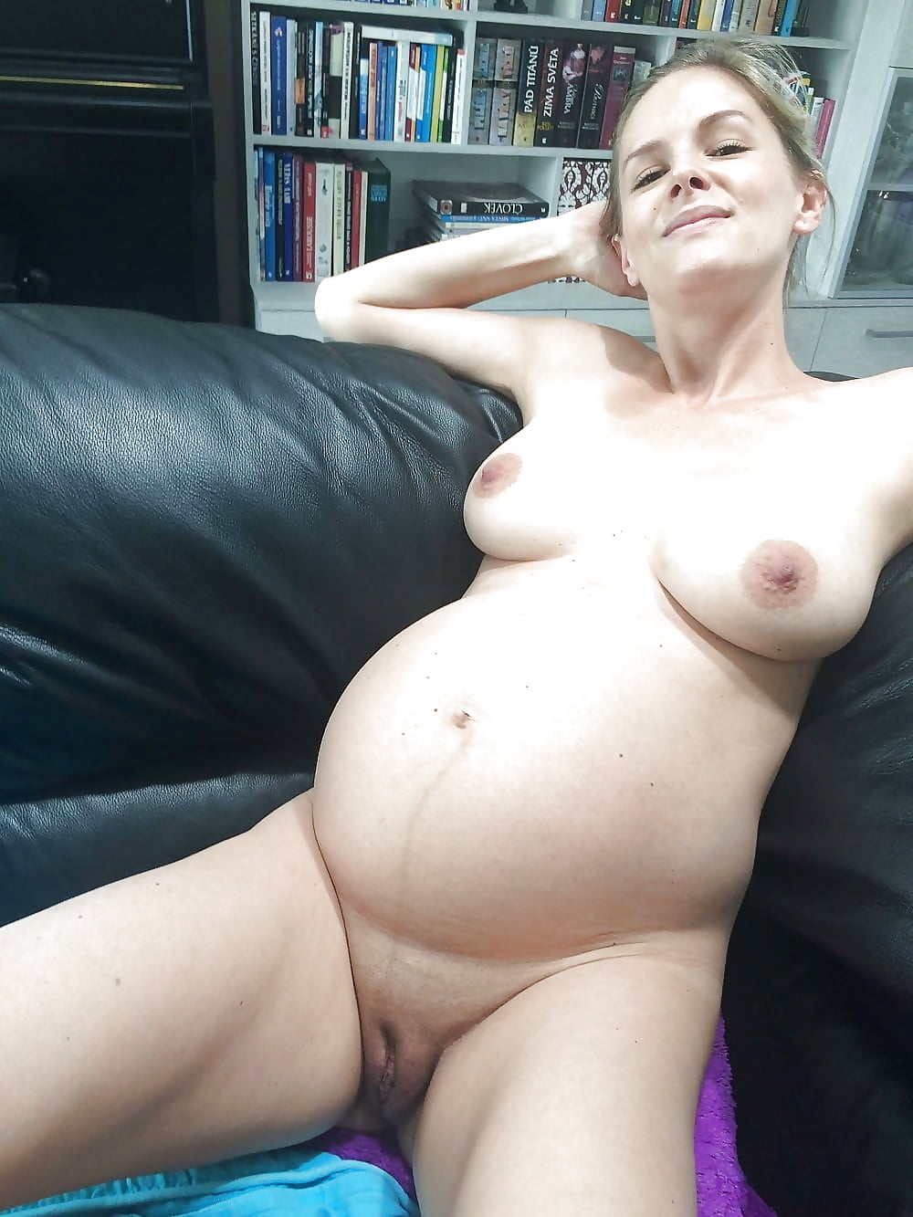 sexy-holland-naked-preggo-belly-fuck-com-girlfriend