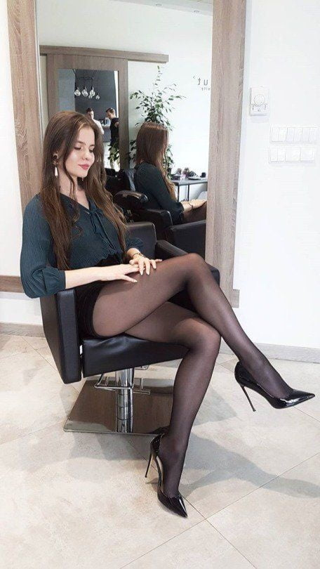Black legs in miniskirts pantyhose and stockings mcelligott pussy shots