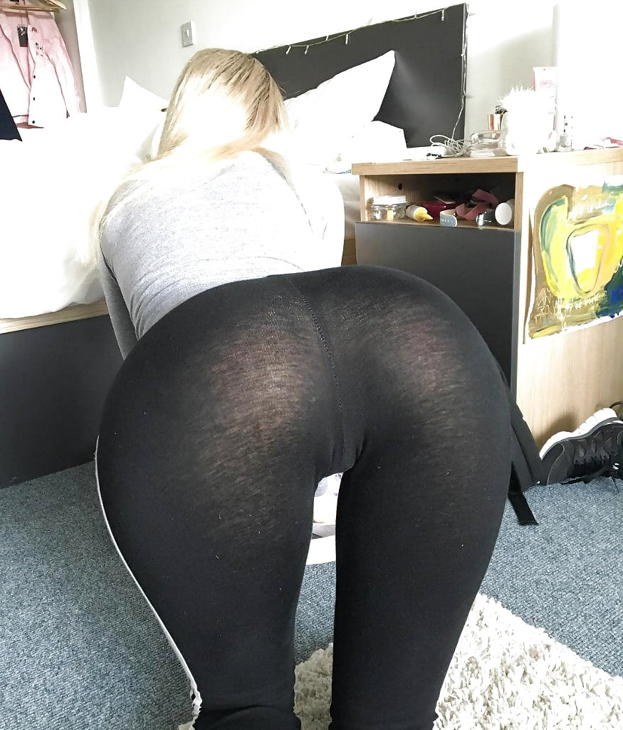 Teen blonde sexy yoga pants, pictures of pudgy girls