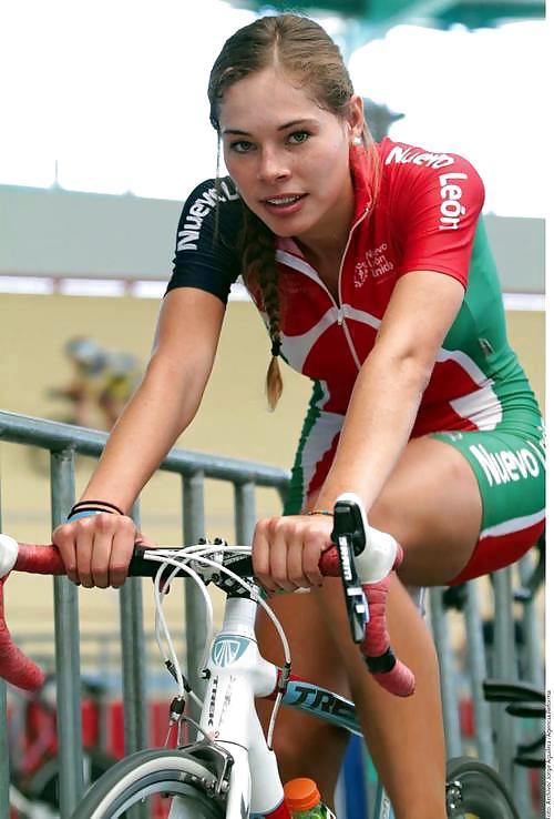 Bike with girls-5652