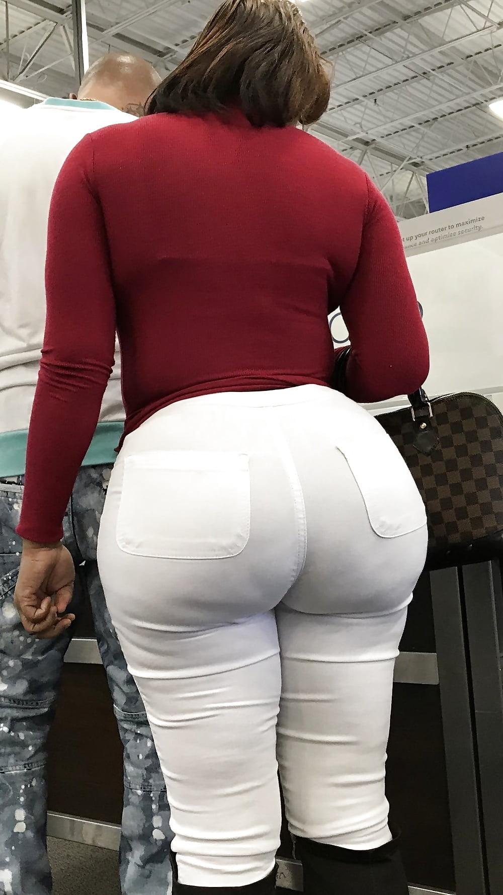 все толстые попы в джинсах просто