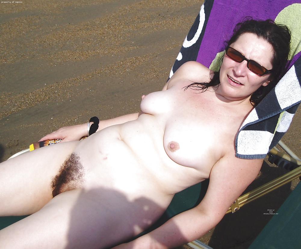 hairy-women-voyeur
