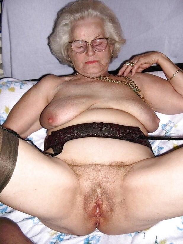 free mature woman xxx
