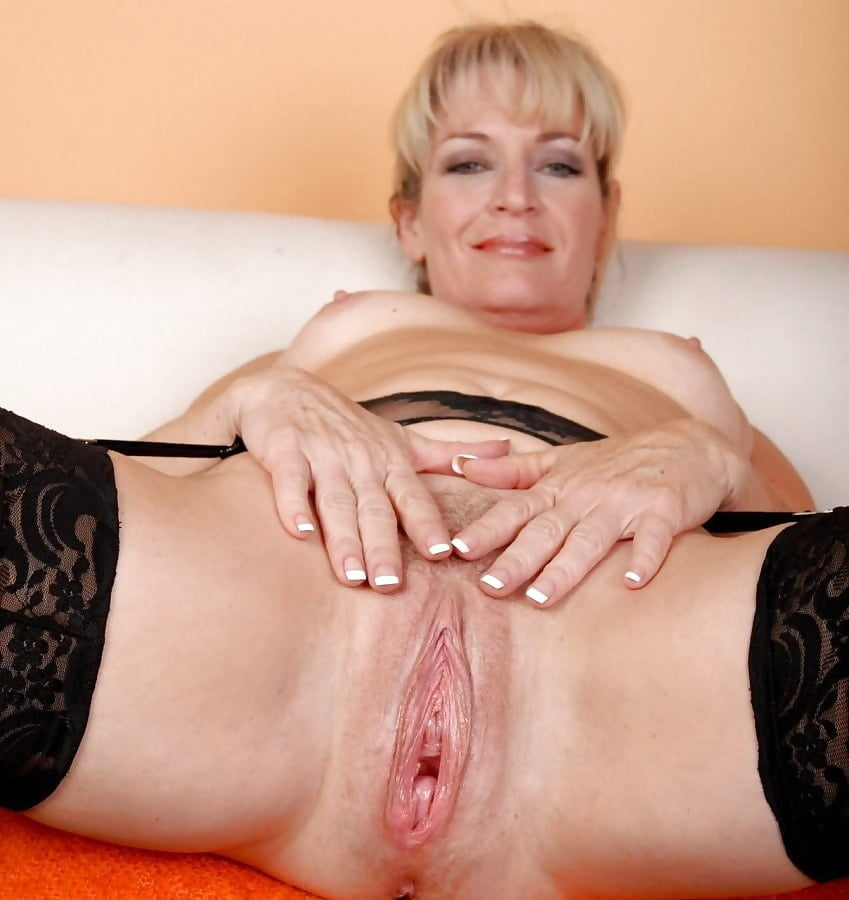 looking-mature-sexvaginas