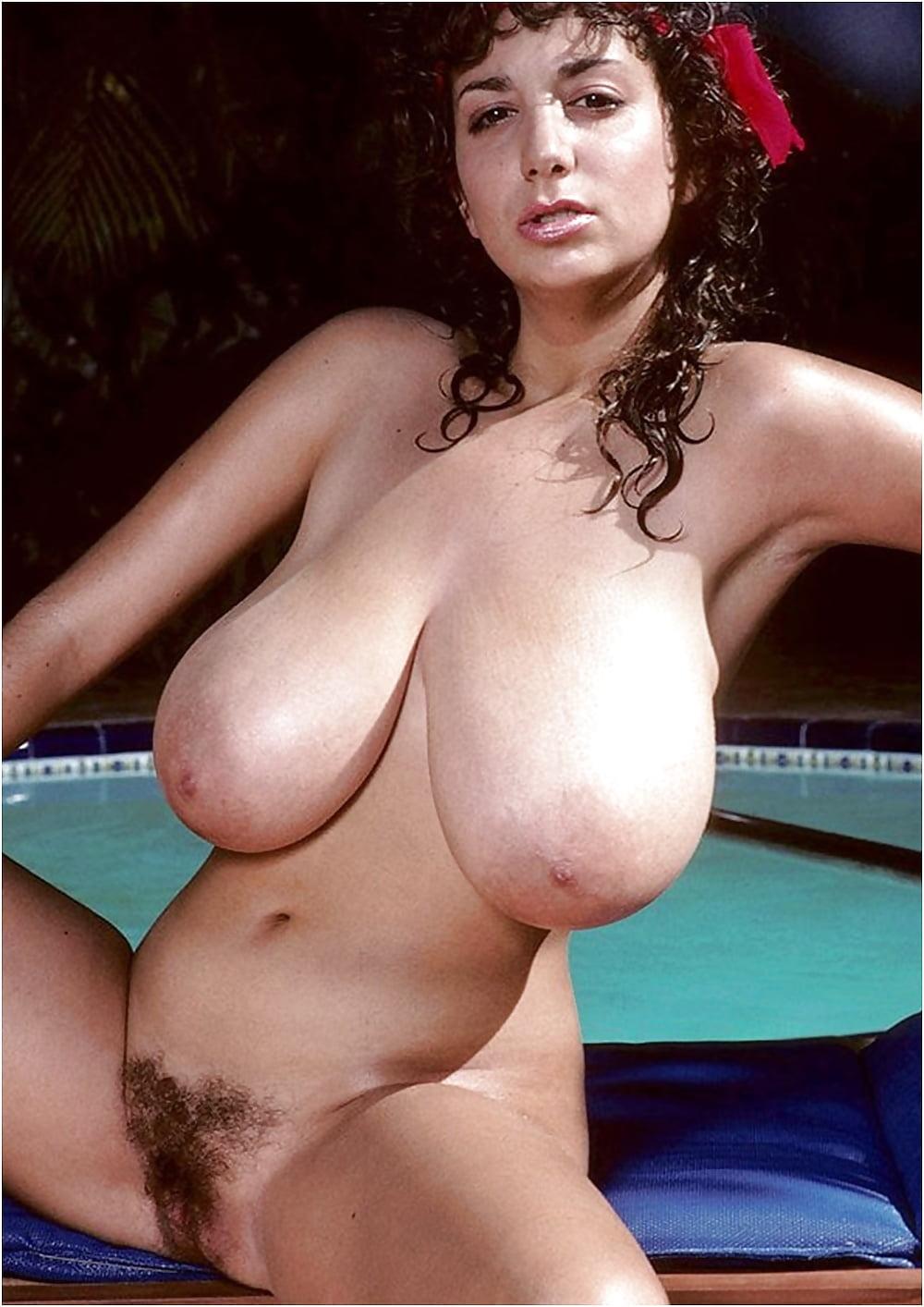 Urreta recommends Latex tits gif