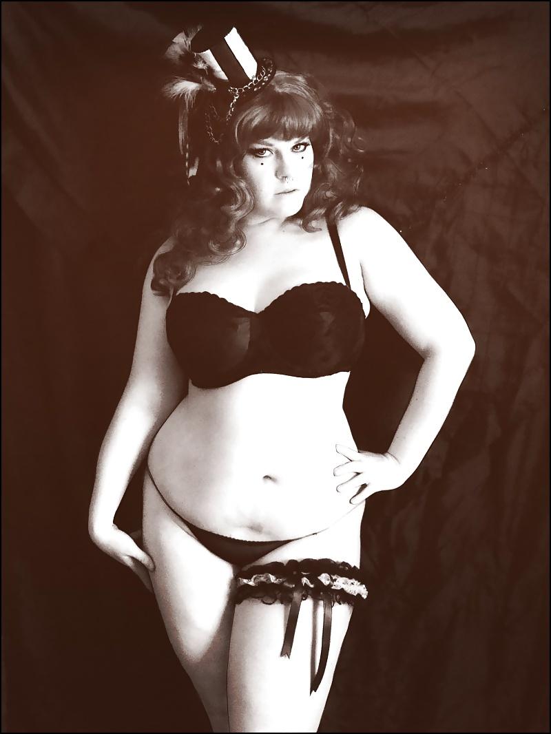 curvy-vintage-nudes