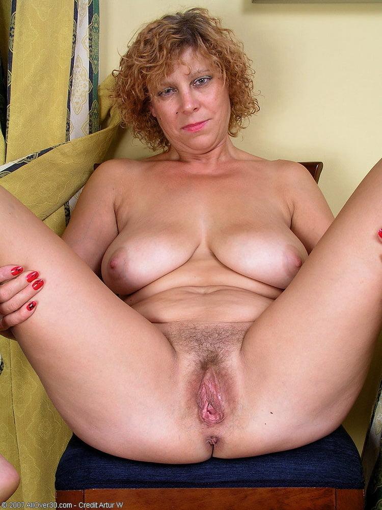 Erotic Mature Nude Pics, Women Porn Gallery