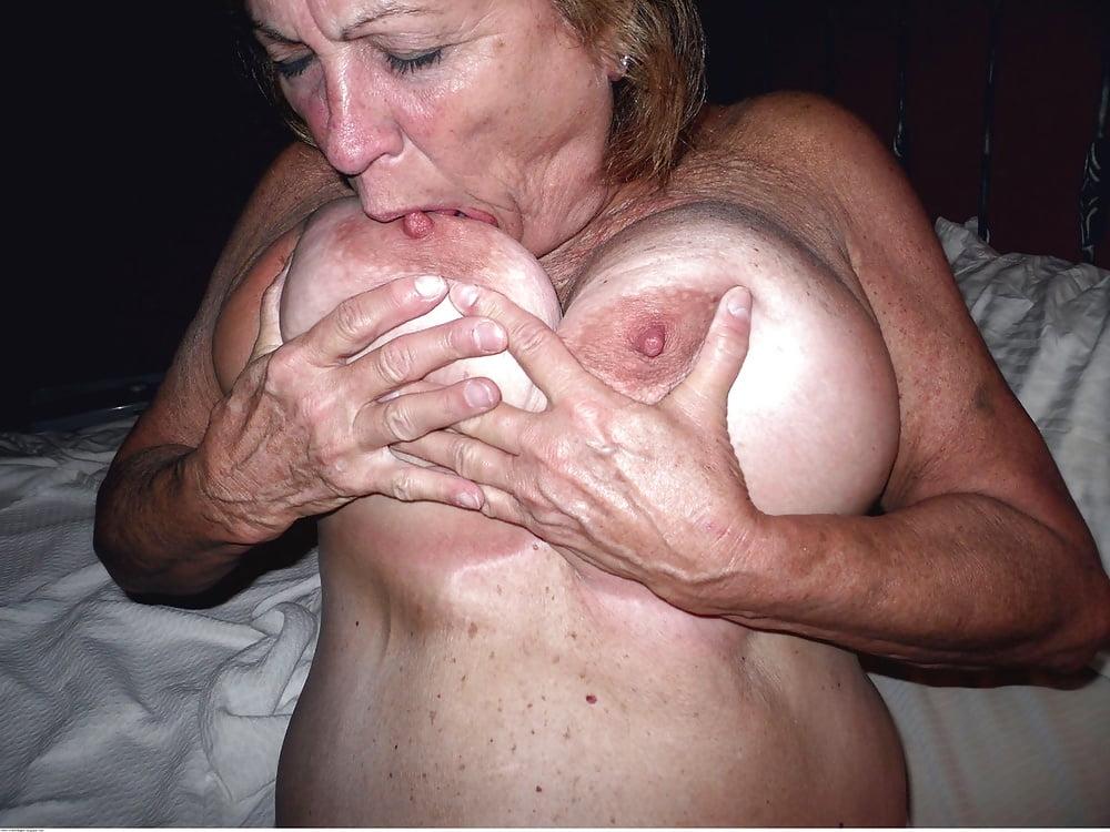Sucking nipple jav gif