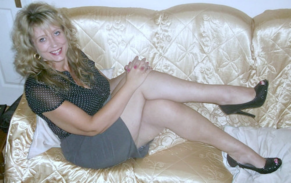 Mature ex wife naked pics 8