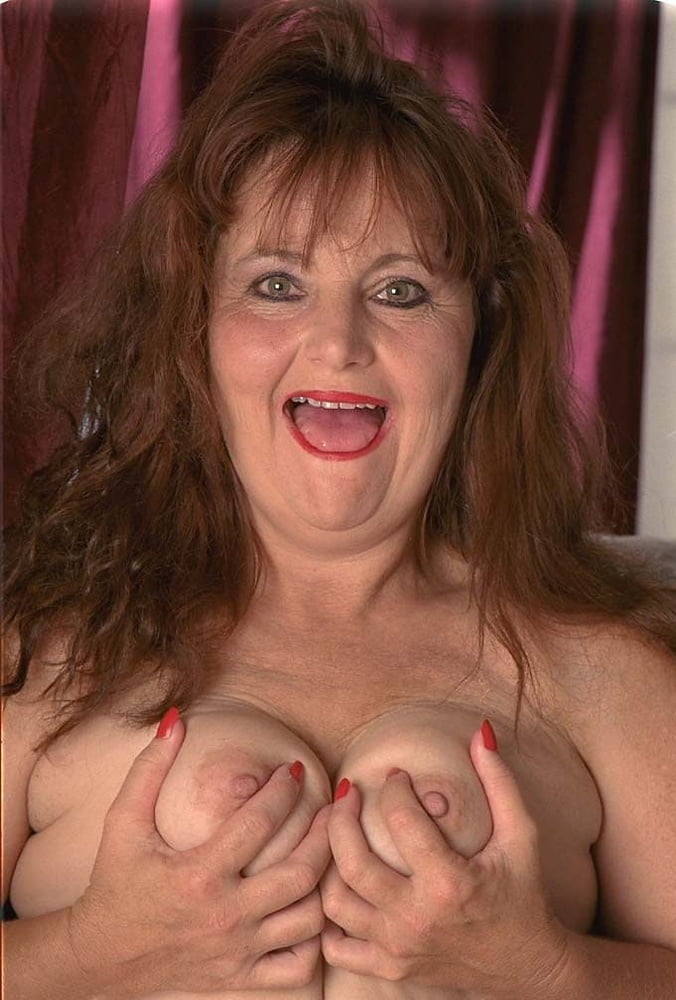 Mature redhead fabienne extreme — pic 15