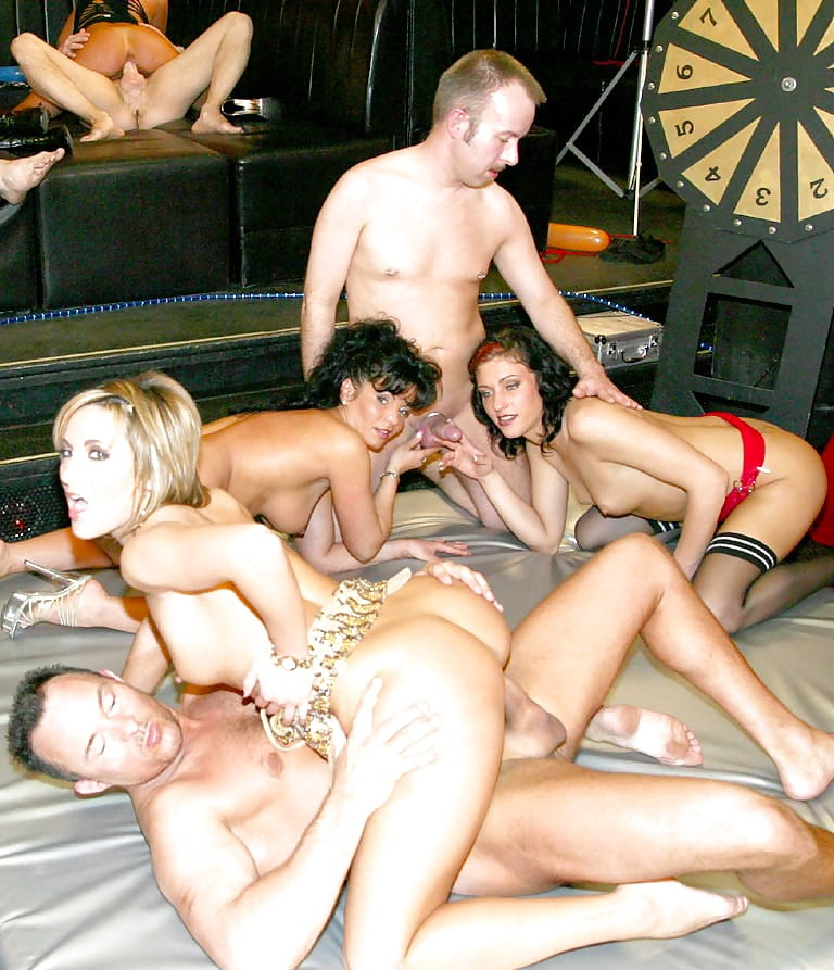 swinger-club-owners-info