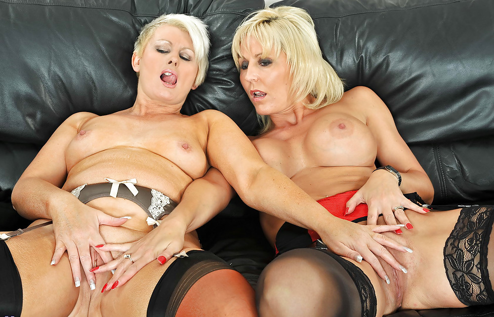 old-mature-lesbian-mom-tube-stepsisterporn-step-sister-porn-comic