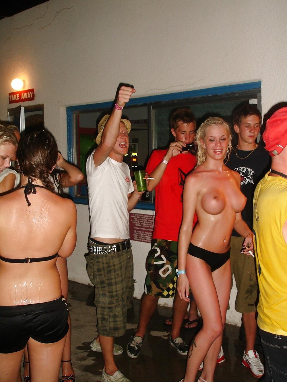 Couples homemade homemade fraternity party girl girls virginas