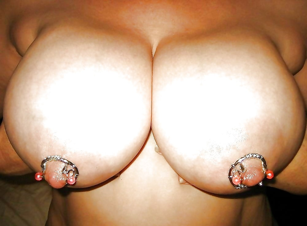 Nipple jewelry without piercing
