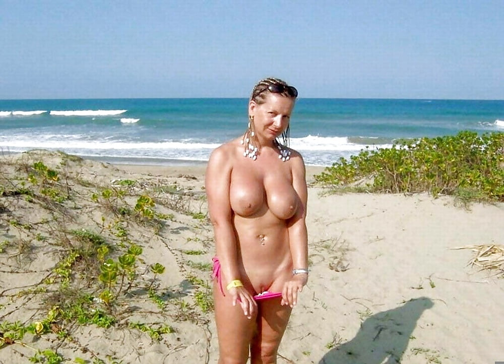mature-beach-topless-naked-black-nigger-huge-on-white-ass-porno
