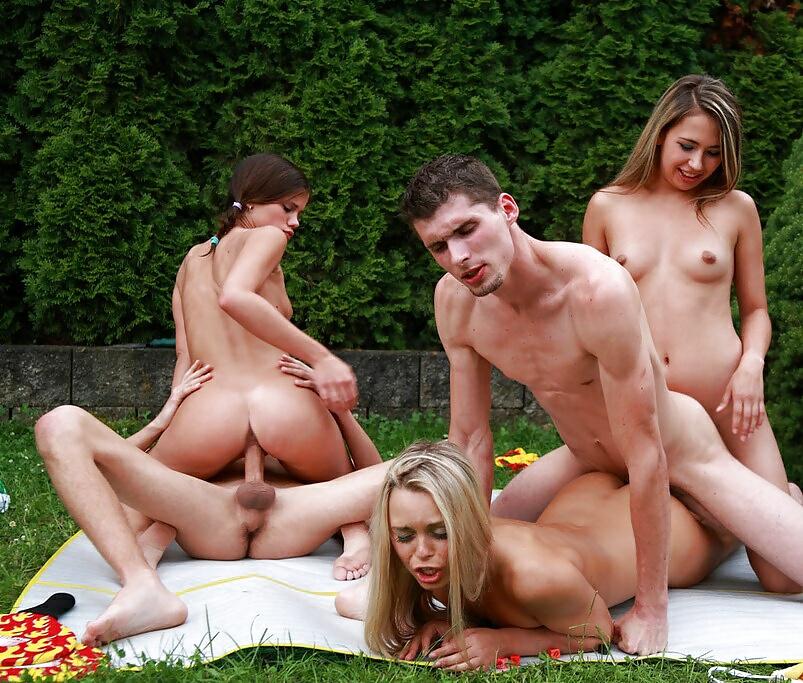 Парню намекнуть групповуха в лесу русское порно лера подольск