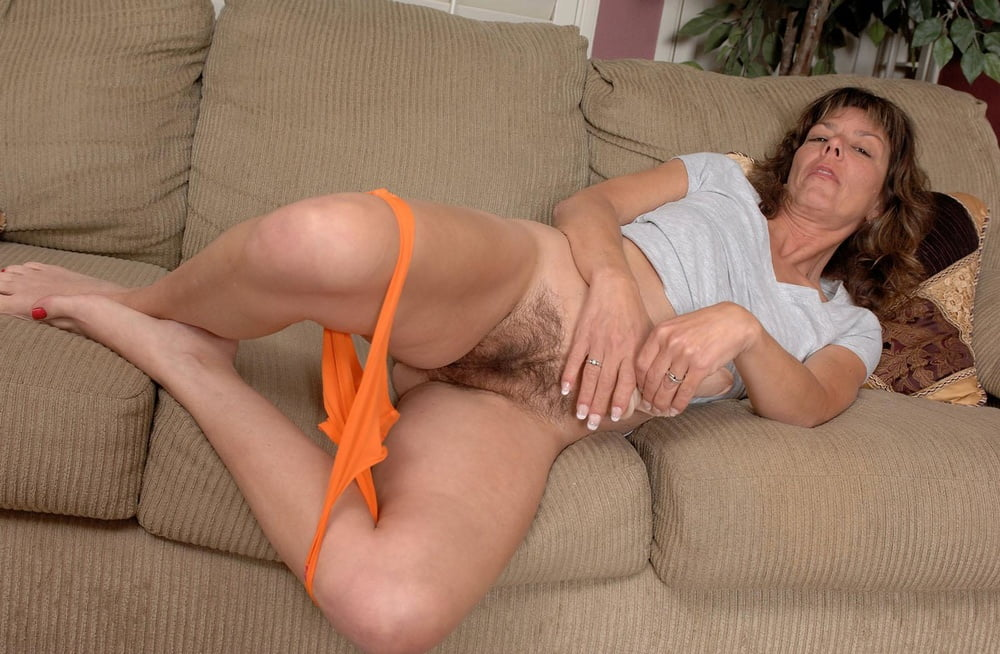 Hairy Mature Women Masturbating