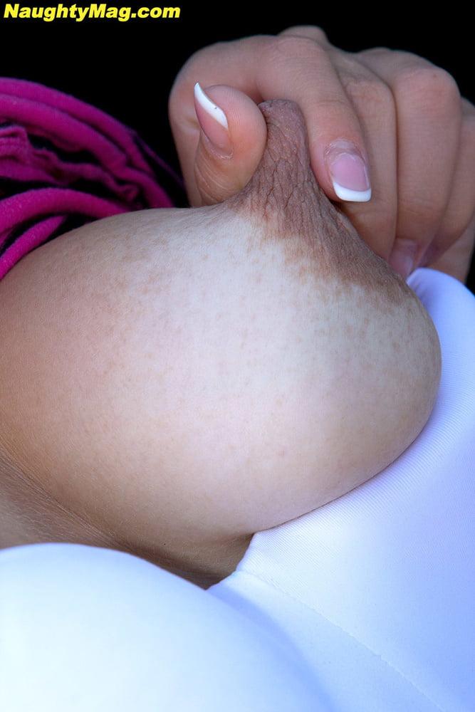 Natural tits beeg-1185