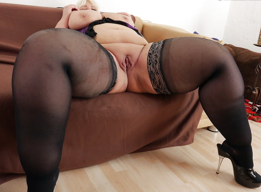 Watch sexy german chubby redhead in stockings sex