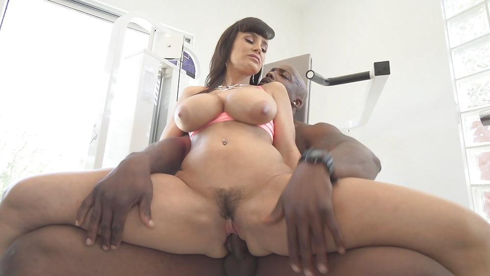 Lisa Ann 7