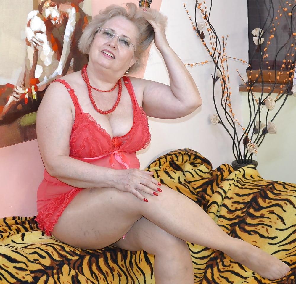 Рассказы старых проституток фото проституток онлайн