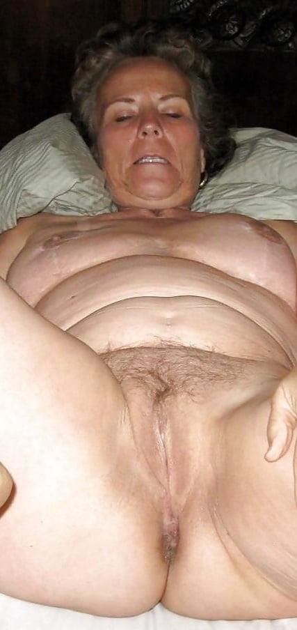 Naked older ladies pictures