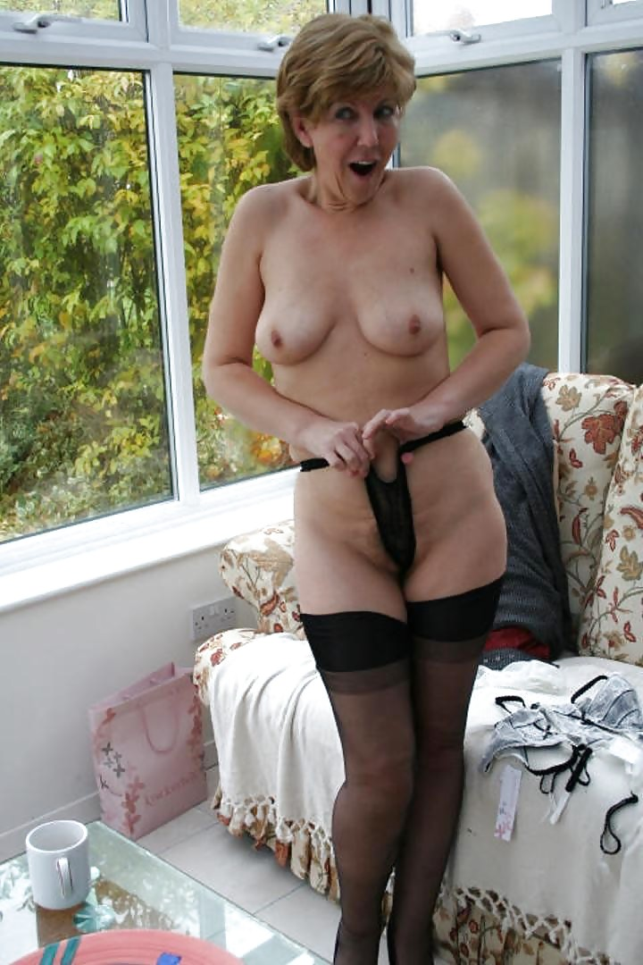 Sex white mature lady sara