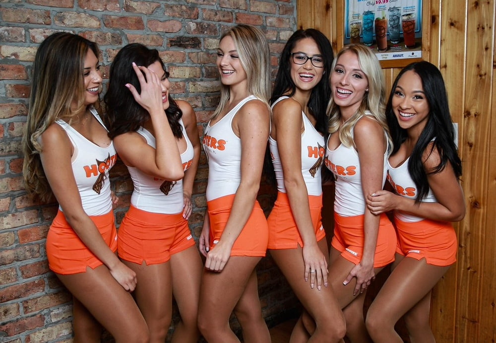 Naked images of hooter workers, sexy girls dress as bunnys