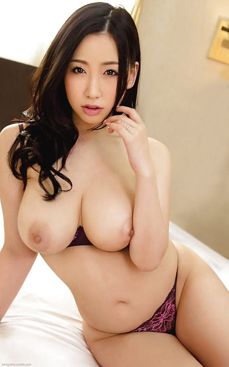 Japanese women with big boobs-3089