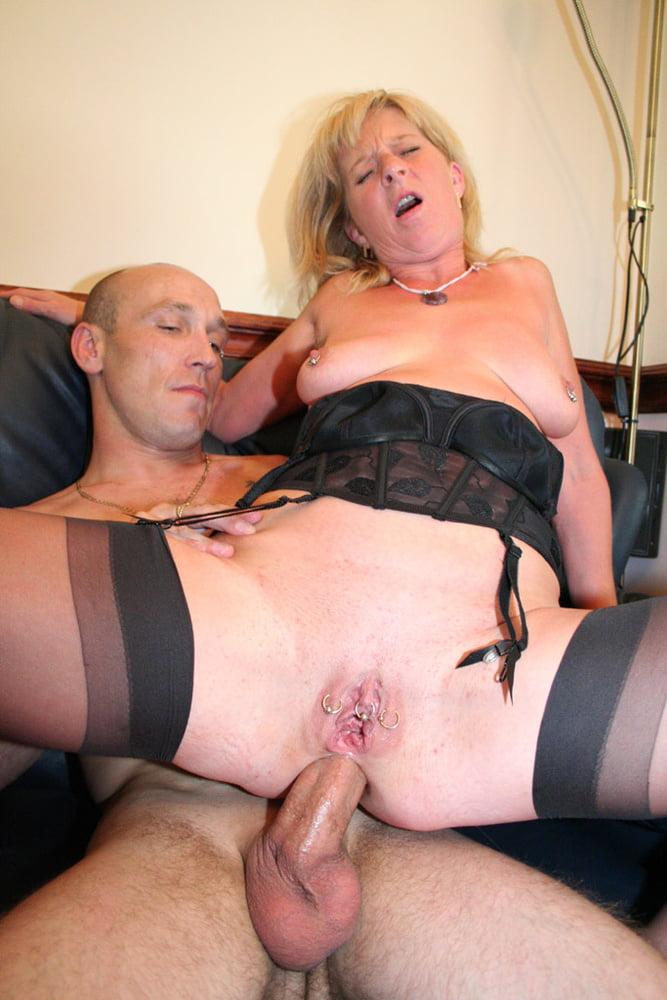 Donna and Linda - 84 Pics